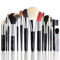 Кисти и спонжи для макияжа